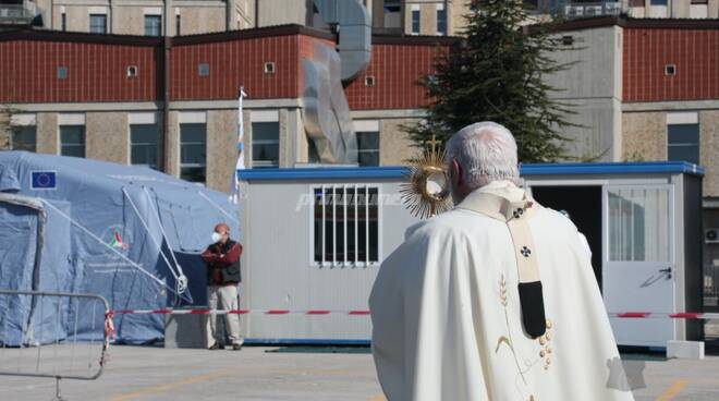 Messa giovedì santo Cardarelli Bregantini