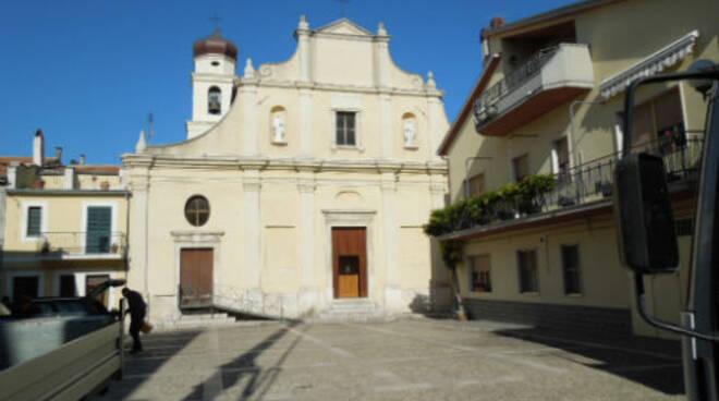 chiesa ururi