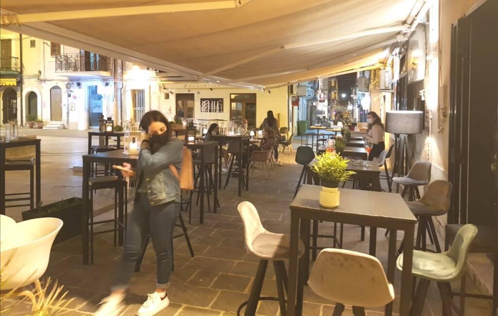 Locali termoli piazzetta bar