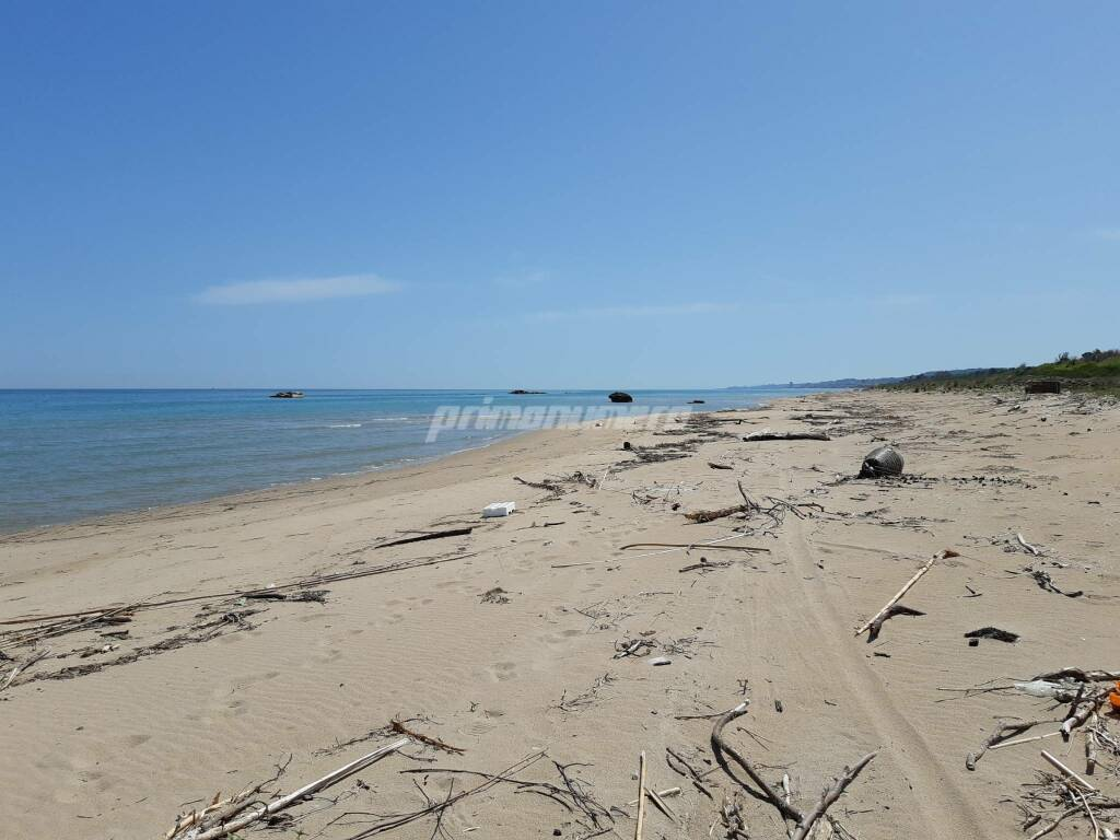 Spiaggia libera Petacciato marina