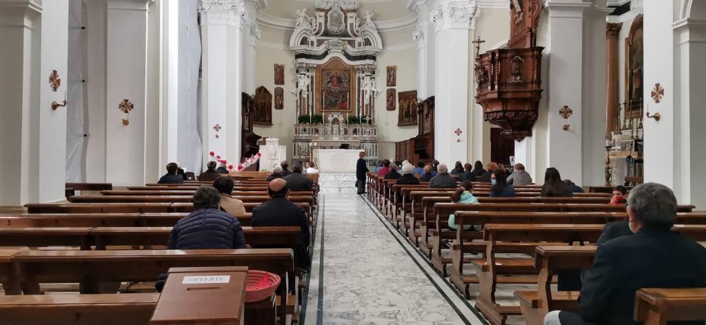 chiesa distanziamento Guglionesi