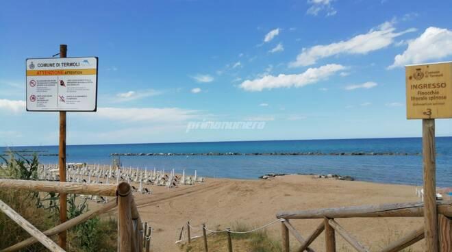 spiaggia libera termoli cartelli accessi al mare