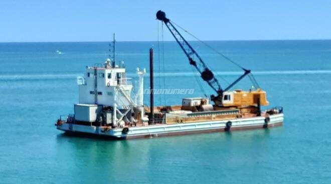 Motopontone condotta porto depuratore giugno 2020