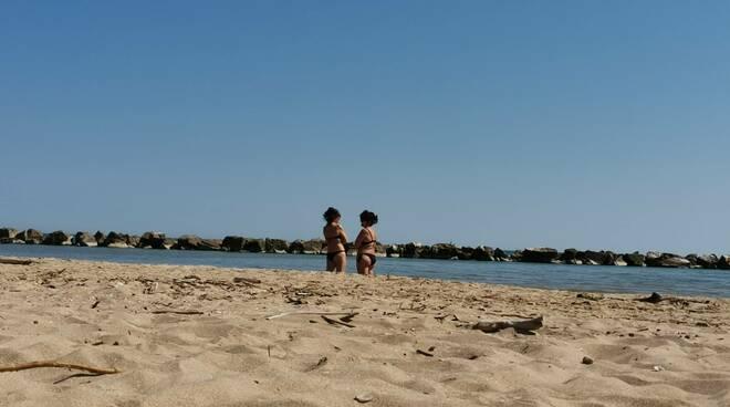 Passeggiate spiaggia termoli
