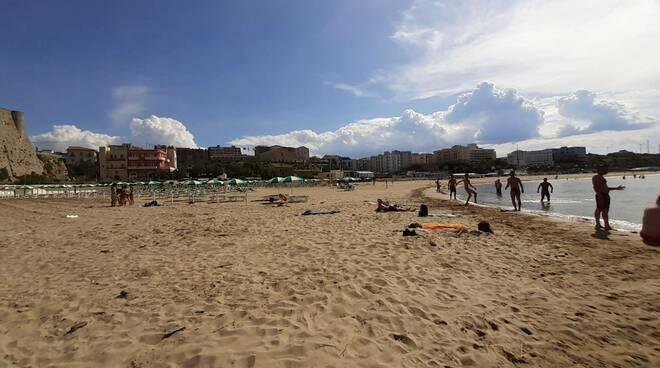 spiaggia libera termoli