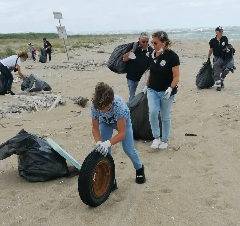 Clean Saturday spiaggia fratino pulizia Campomarino Ambiente Basso Molise