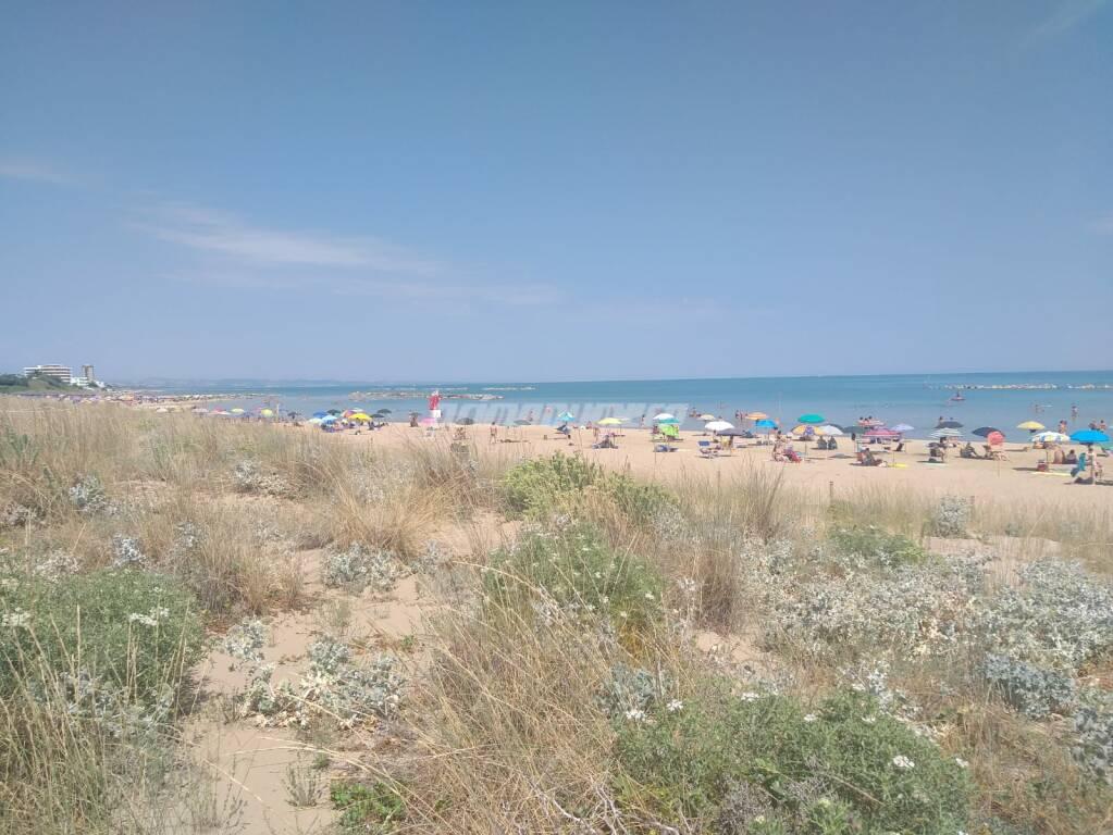spiaggia libera lungomare nord