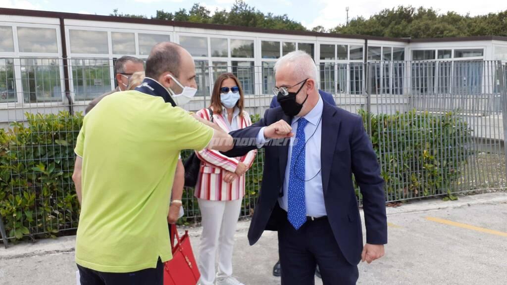 Consegna parrucche oncologiche Cardarelli Giglio Florenzano Giampaolo