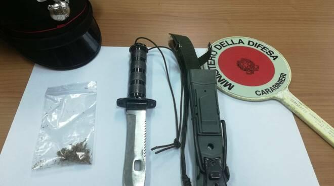 droga e coltello carabinieri agnone