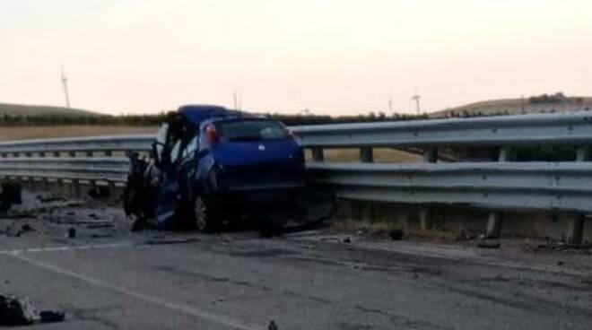 incidente mortale autobus rotello