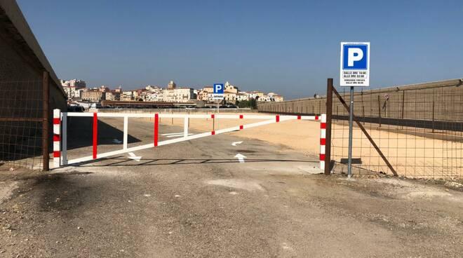 parcheggio porto triangolo