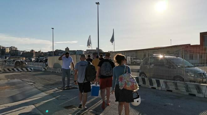 Zenit imbarco tremiti passeggeri