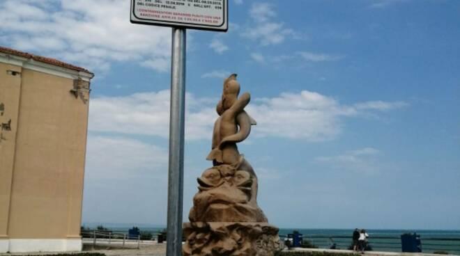 cartello deiezioni canine piazza sant'antonio