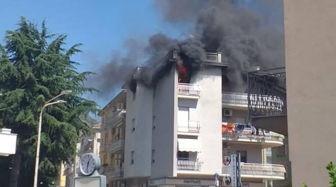 palazzo incendio venafro