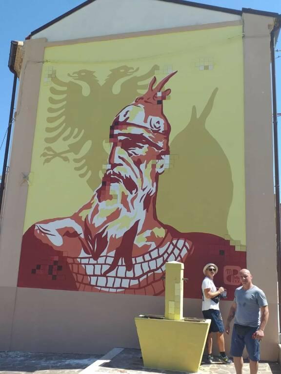 Murale ururi eroe albanese