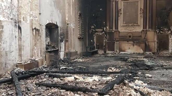 incendio chiesa sant'antonio abate guglionesi