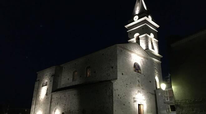 Guardialfiera giubileo luce chiesa illuminata