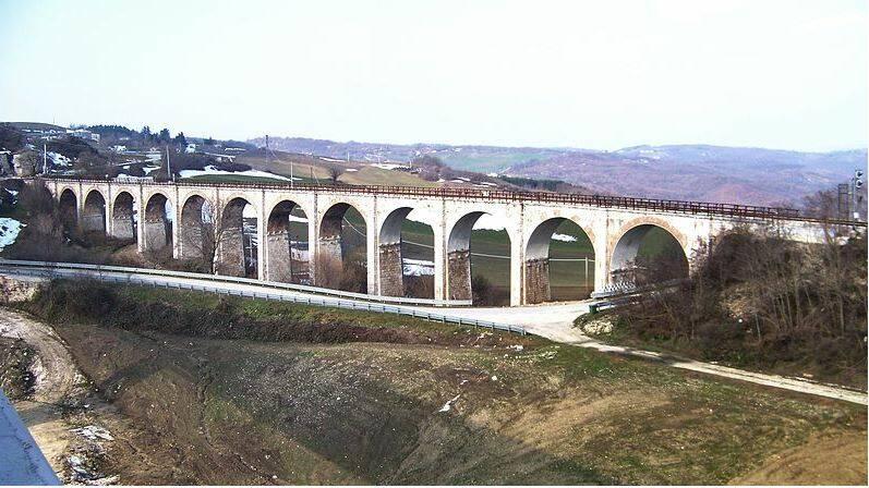 Campolieto, ponte sulla Termoli-Campobasso