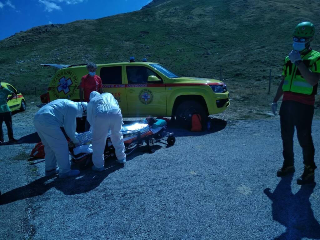 soccorso alpino ferita barella