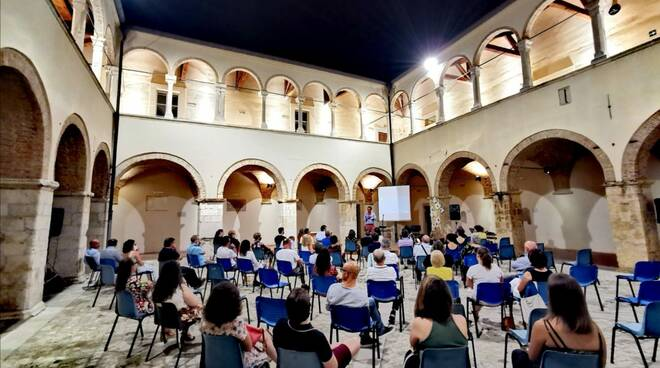 presentazione film you palazzo ducale larino