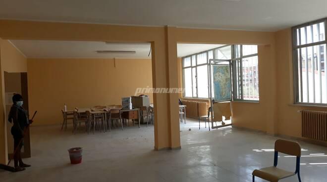 Liceo Classico Mario Pagano scuola covid tramezzi abbattuti