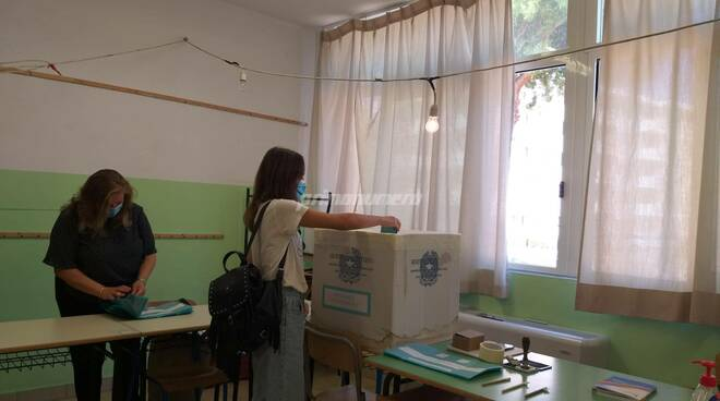 Seggi elettorali referendum 2020