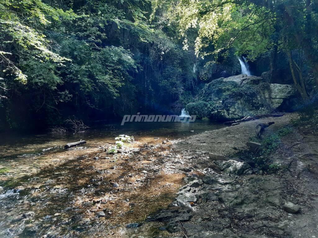 Acqua fiume carpinone