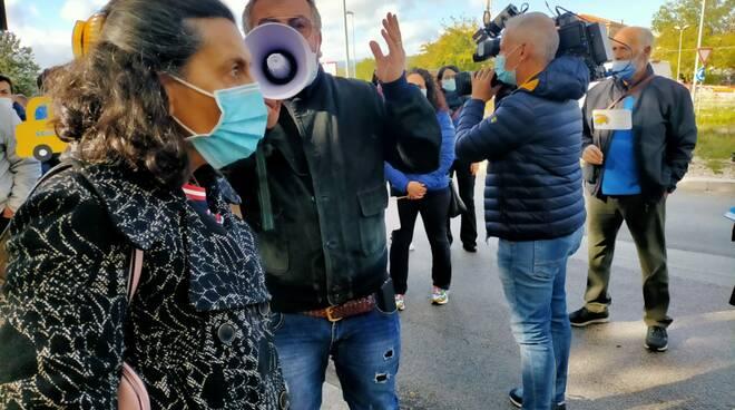 protesta scuolabus Lupara Soa