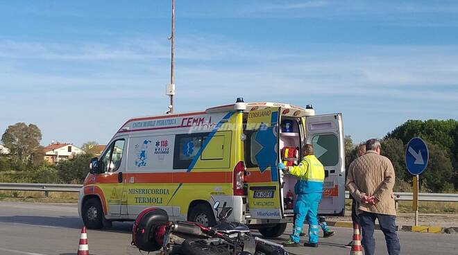incidente moto via pertini