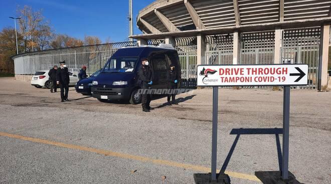 drive trough tamponi cb carabinieri