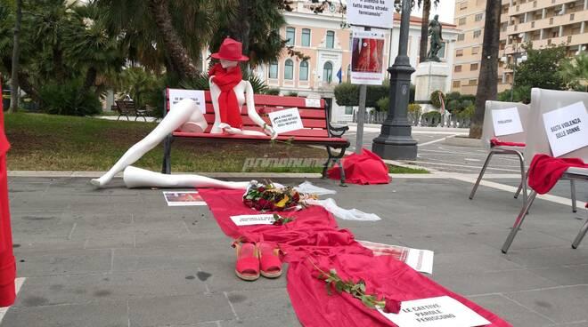 Violenza sulle donne, l'allestimento della Fidapa