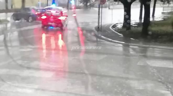 Campobasso, pioggia forte e strade allagate