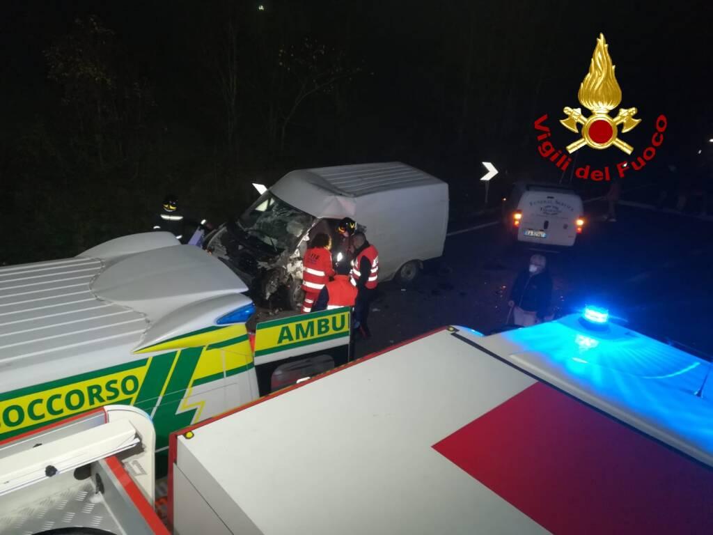 incidente ss87 vinchiaturo vigili fuoco
