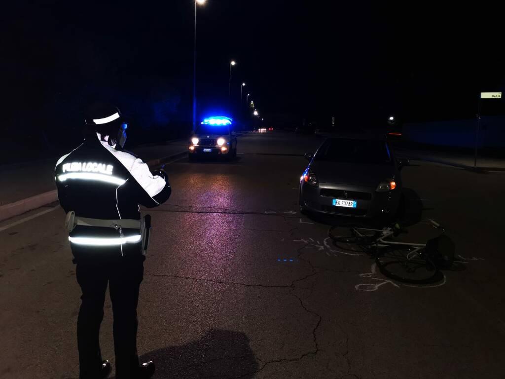 polizia locale incidente auto bici campomarino