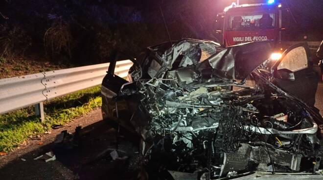 incidente albero a14 autostrada