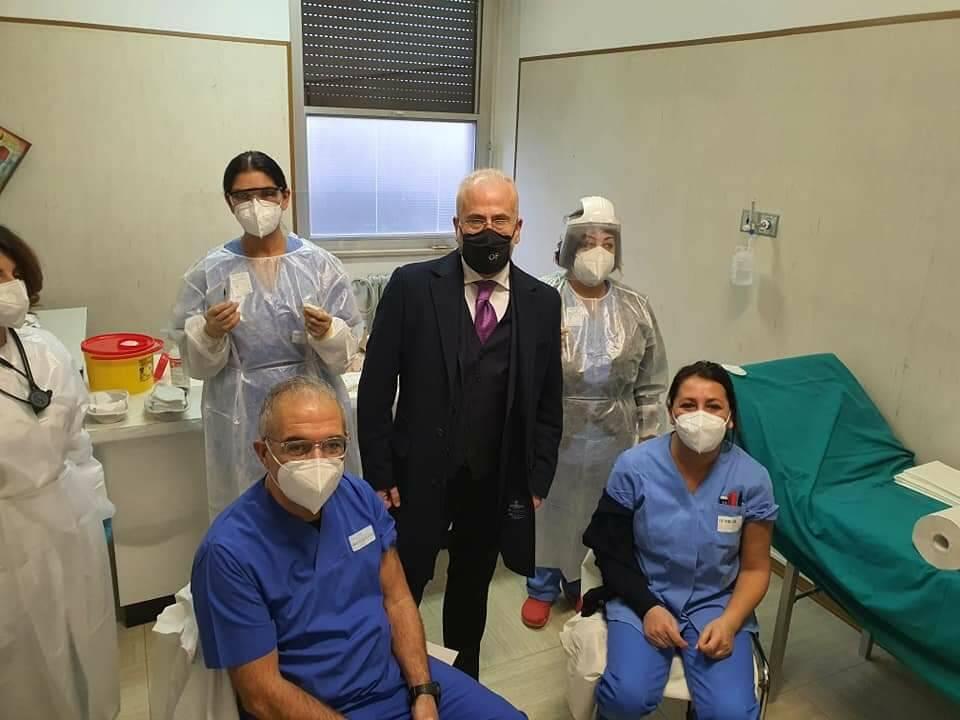 Vaccino covid Florenzano asrem