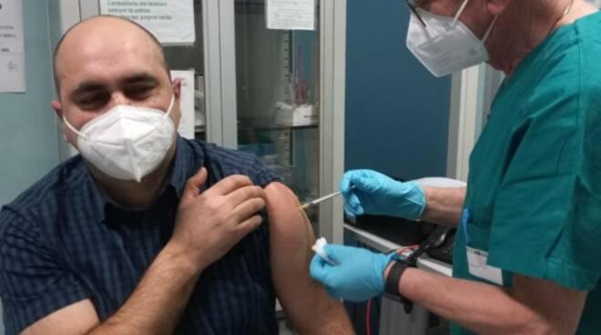 cirulli sindaco tavenna vaccino