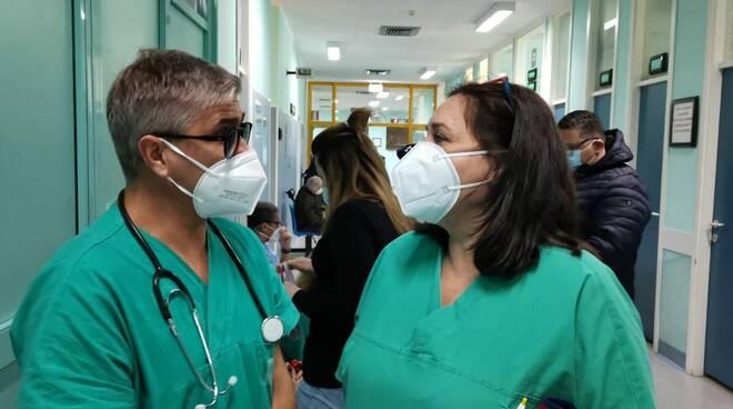 sanitari ospedale san timoteo vaccini