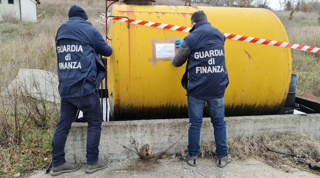 guardia finanza sequestro discarica casacalenda