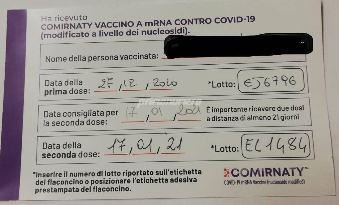 patentino immunità covid vaccini