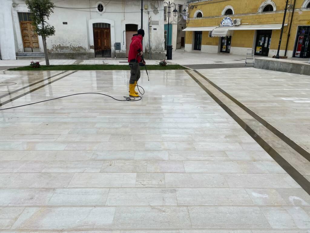 piazza skanderbeg pulita