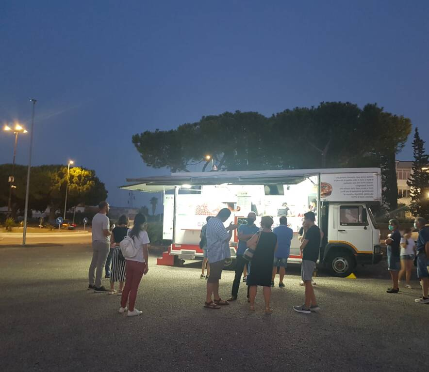 pizza ambulante piazza del papa