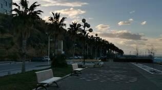 Termoli borgo vecchio lungomare palme  spiaggia inverno