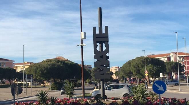 totem macte piazza del papa