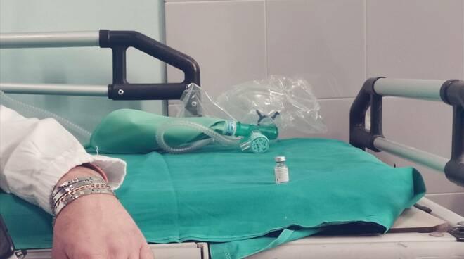 Vaccino mascherine ffp2 Medici covid