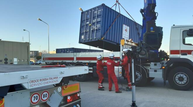 Croce Rossa ospedale da campo container San Timoteo