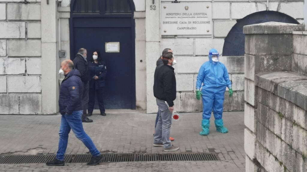 red zone blitz polizia antimafia carcere tute protettive campobasso