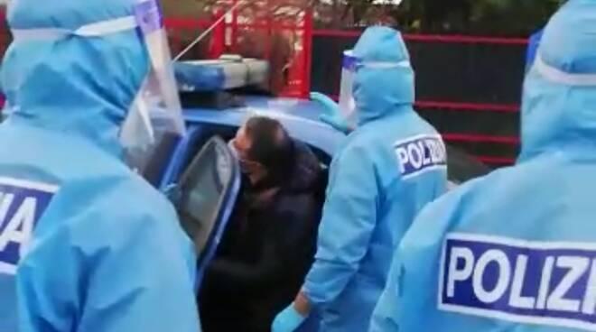 red zone polizia tute protettive blitz antimafia