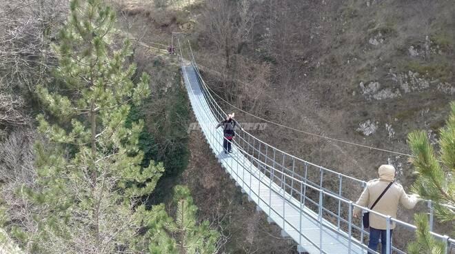 Ponte tibetano Roccamandolfi