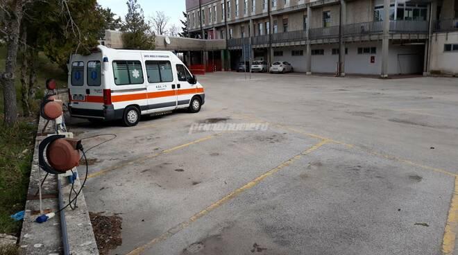 Ambulanze Ospedale Cardarelli Campobasso area per moduli terapia intensiva